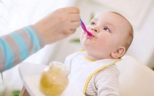 anne sütünün faydaları, bebeklerde ek gıdalara geçme, bebekler için ek gıdalar